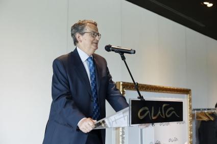 José Antonio Guzmán, secretario del Colegio abre los actos